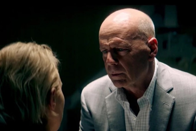 'Trauma Center': Bruce Willis solo ante el peligro